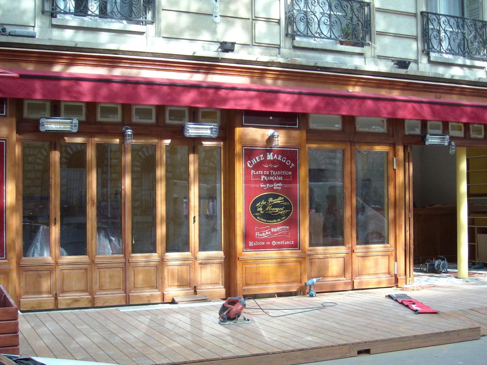 La Guéronnière Renovation Facade Boutique Bois Paris 1 1