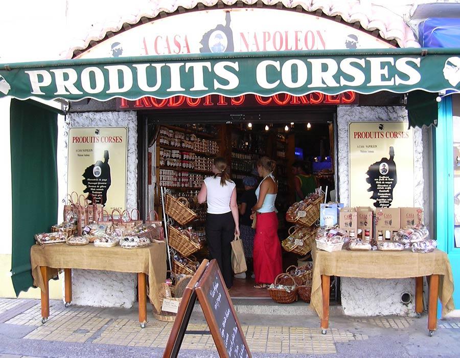 La Guéronnière Renovation Facade Boutique Bois Paris Img15 1