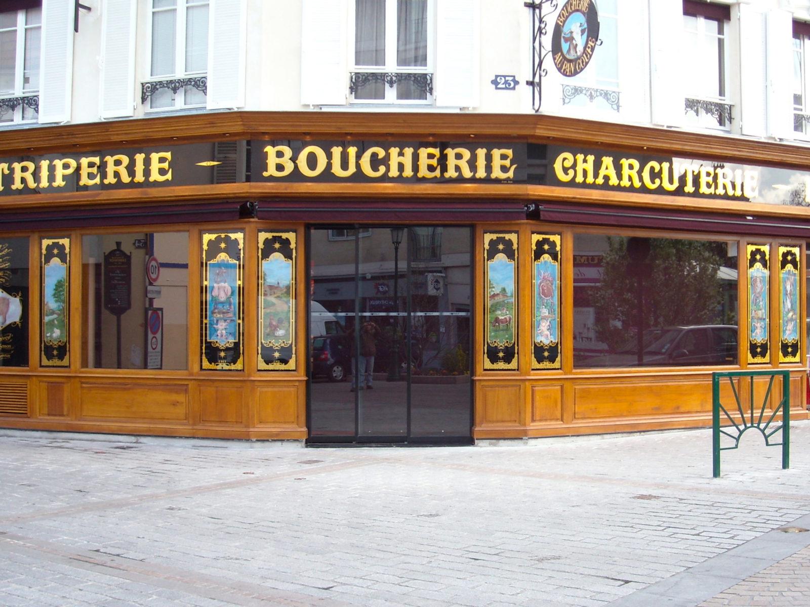 La Guéronnière Renovation Facade Boutique Bois Paris 1