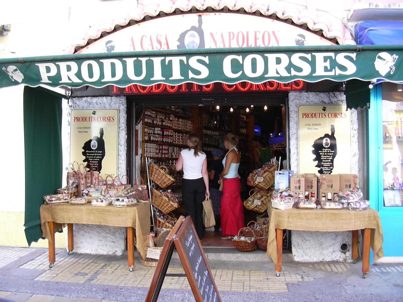 La Guéronnière Renovation Facade Boutique Bois Paris Img5 185